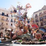 Visit and enjoy Las Fallas